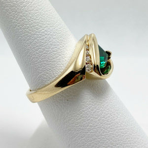 Vibrant Synthetic Green Gem Diamond 14k Gold Ring