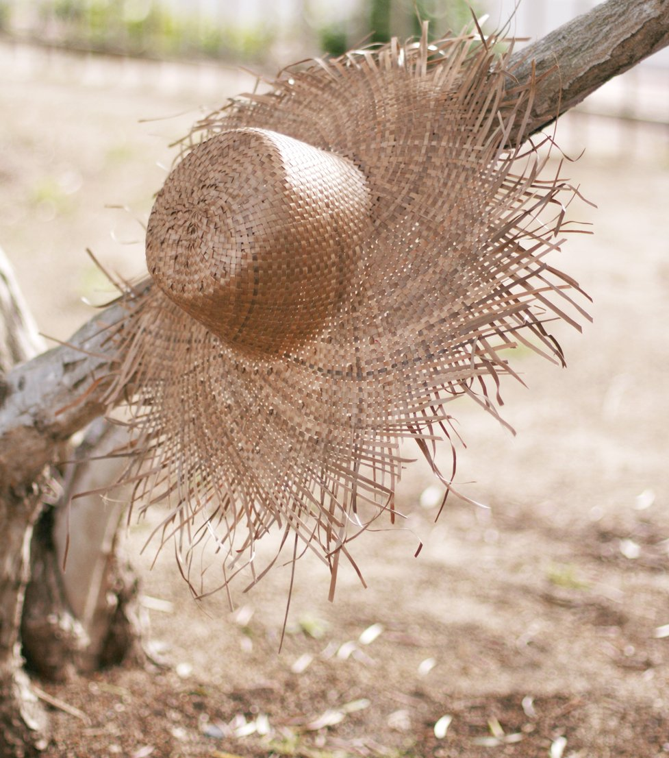 Rimba Wide Round Palm Straw Hat, in Toasted Beige