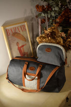 Load image into Gallery viewer, Vocco Toiletry Case Dark Grey Linen Checks - Vocco