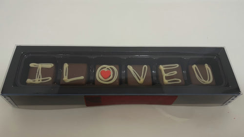 Love: Caramel Deco IlOVEU 34% MILK 6 Box