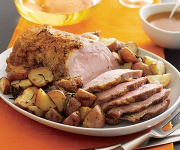 MEAL: MAIN: Roast Pork, with crackling, roast veges, mixed veges, gravy.