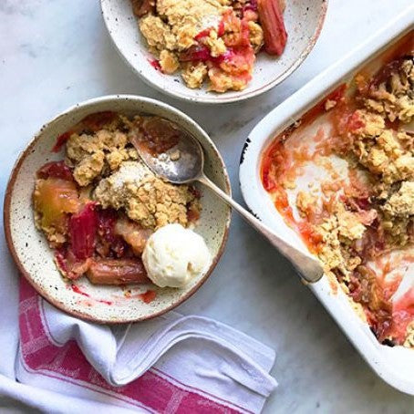 MEAL: DESSERT: Rhubarb & Apple Crumble