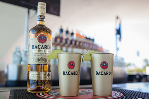 BACARDÍ Metal Gold Cup (set of 2)