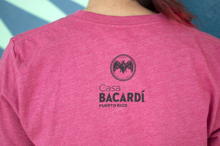 BACARDÍ T-Shirt I Can Laugh in English and Spanish
