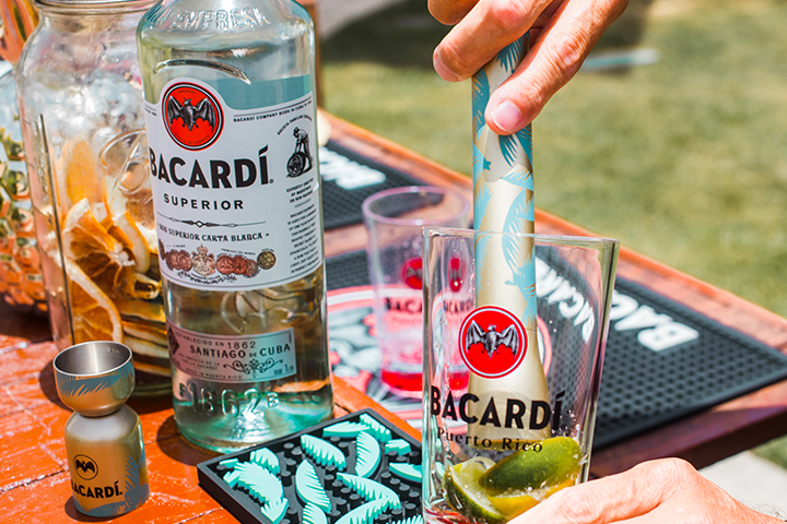 BACARDÍ Tropical Muddler Flat Head