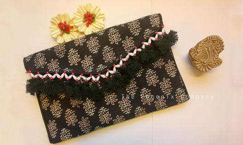 Black Ajrakh Sling Purse