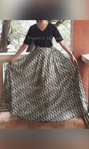 Off-white & Grey Long Ikat Skirt