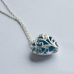 Heart Shape Shinning Necklace