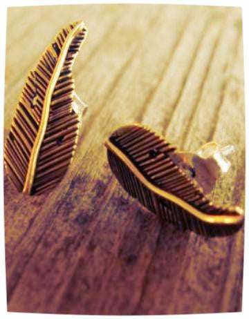 Feather Studs - Brass