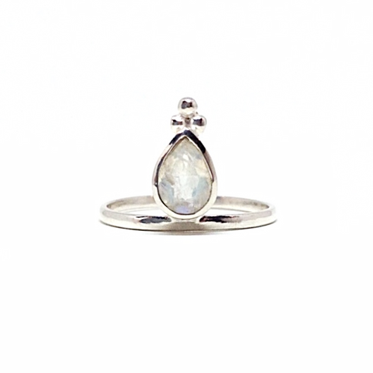 Mandvi Ring - Moonstone & Silver