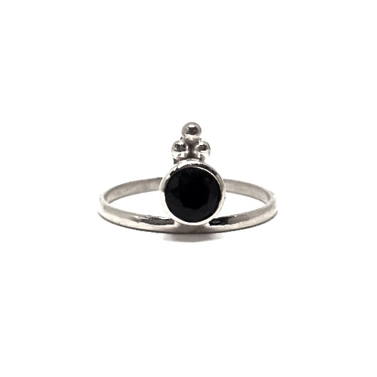Onyx silver ring faceted stone maharani queen
