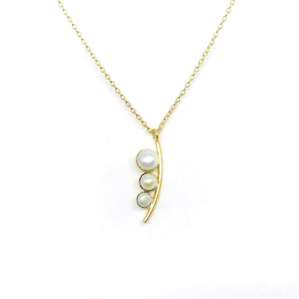 Siren Necklace - Gold & Pearl