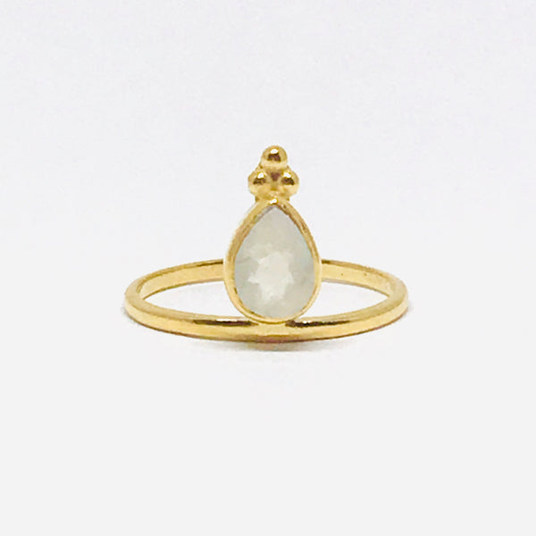 Mandvi Ring - Moonstone & Gold