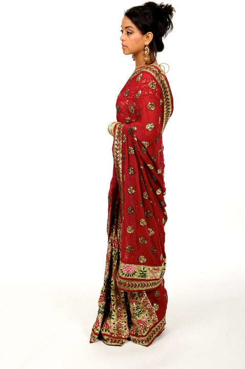 Glamorous and Regal Lehenga Style Sari