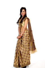 Chequered Princess in Coffee Saree
