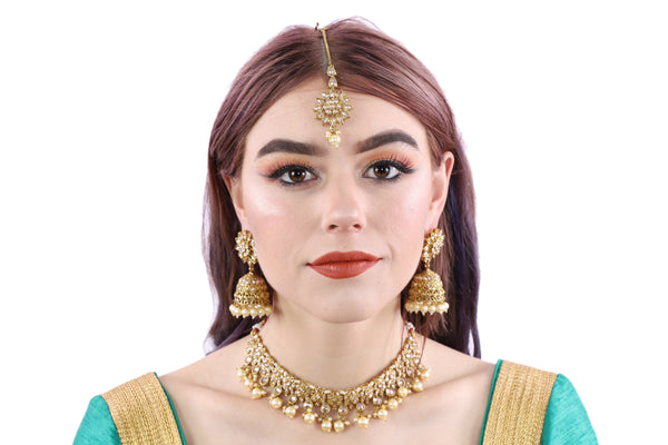 Dreamy Daisy Gold Necklace Set with Earrings and Tika - 0983