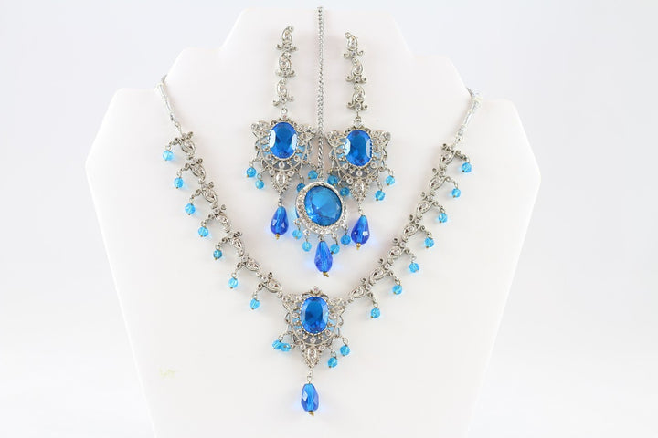 Icy Blue Dazzling Silver Necklace Set with Earrings
