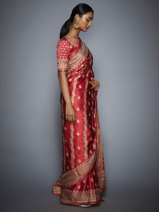 RI-Ritu-Kumar-Coral-And-Beige-Aari-Embroidery-Saree-With-Unstitched-Blouse-Side-View2