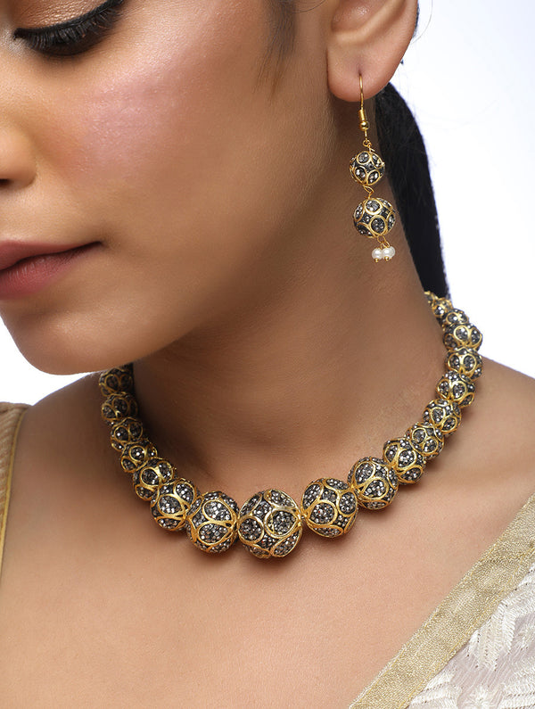 Disco Neckpiece With Earrings Set - MRR125