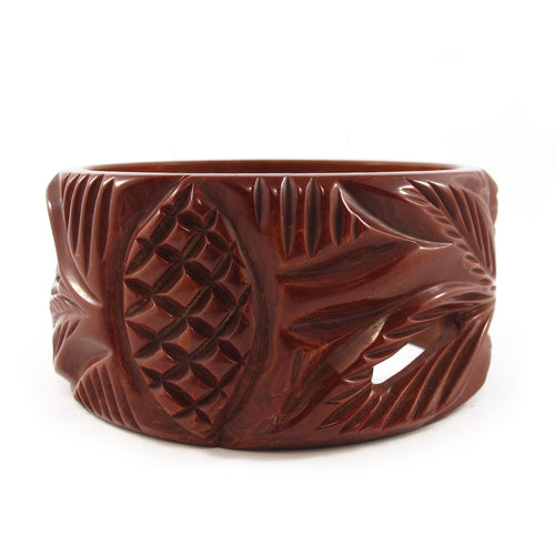 Vintage cut out and carved Bakelite bangle c.1950's- Chocolate brown