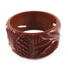 Load image into Gallery viewer, Vintage cut out and carved Bakelite bangle c.1950's- Chocolate brown