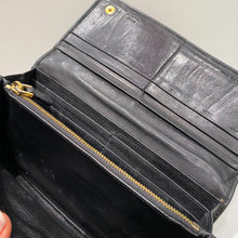 Load image into Gallery viewer, Prada Black Purse