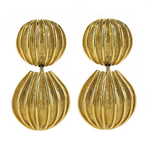 Stunning Double Circle Cut Out Vintage Gold Tone Earrings c. 1980's-( Clip-on Earrings)