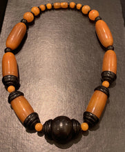 Load image into Gallery viewer, French Art Deco Chunky Galalith Bead Necklace