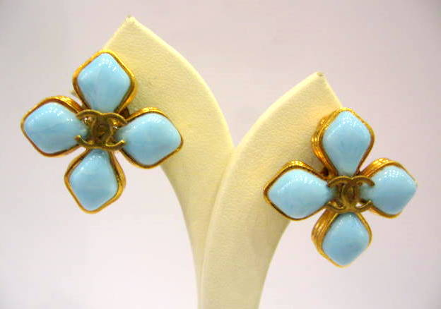 Vintage Chanel Pate-de-verre Flower Earrings