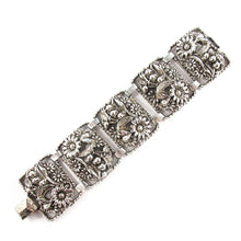 Load image into Gallery viewer, Signed 'Sarah cov' silver detail bracelet