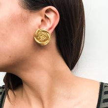 Load image into Gallery viewer, Vintage Chanel Twisted Round CC Beaten Gold Earrings c. 1980s (Clip-on)