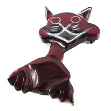 Load image into Gallery viewer, Vintage Bakelite Crazy Cat Clear Cherry Coloured Brooch c. 1950