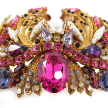 Load image into Gallery viewer, Hanna Bernhard Signed Multi-Dimensional Crown Brooch