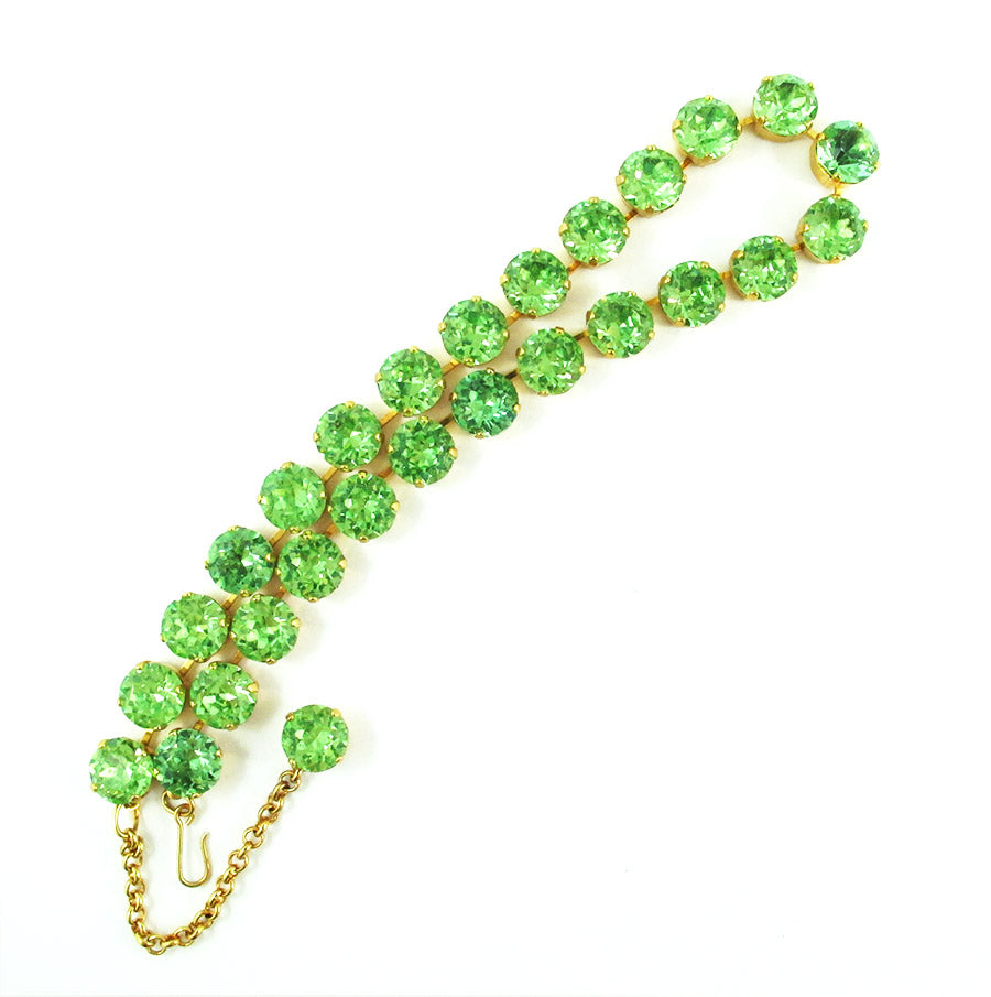 Harlequin Market Crystal Accent Necklace - Peridot (small)