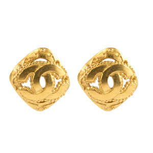 Chanel Vintage Signed Gold Tone Diamond Shape CC Logo Earrings - 95-A- ( Clip-On earrings)