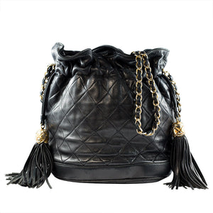 Chanel Vintage Quilted Leather Drawstring Chain Shoulder Bag c. 1980