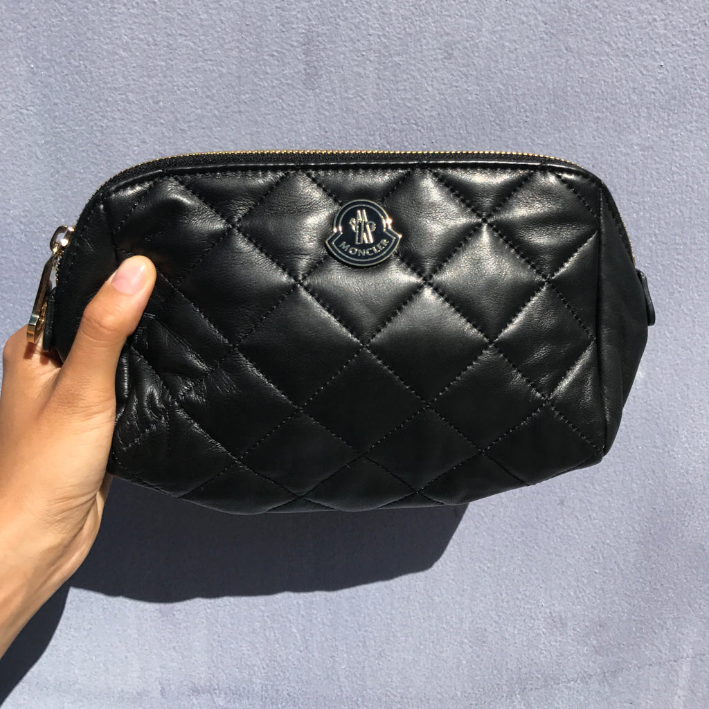 Moncler Pre-Owned Black Quilted Leather Purse Pouch
