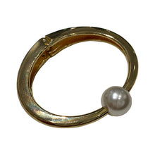 Load image into Gallery viewer, Faux Pearl & Gold Tone Clamper Bangle