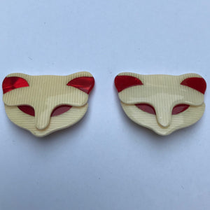 Lea Stein Quarrelsome Cat Earrings - Creme, Red