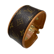 Load image into Gallery viewer, Pre-Owned Louis Vuitton Leather Brown & Gold Tone Cuff