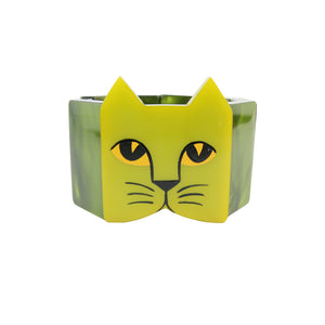 Pavone Signed Two Shade Green Cat Face Stretch Bracelet