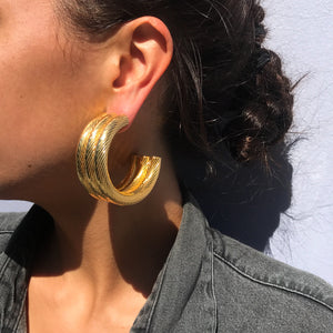 Thick Vintage Three Woven Panel Large Hoop Gold Tone Earrings c.1980s (Pierced)