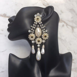 Lawrence VRBA Signed Large Statement Crystal Earrings - Daisy Flower Design - Faux Pearl (clip-on)