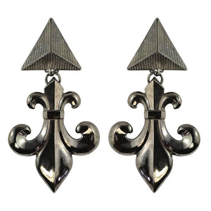 Lawrence VRBA Signed Statement Fleur De Lis Earrings (clip-on)