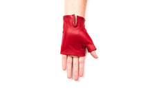 Load image into Gallery viewer, 100% Italian Leather Fingerless Driving Gloves Sun Protection