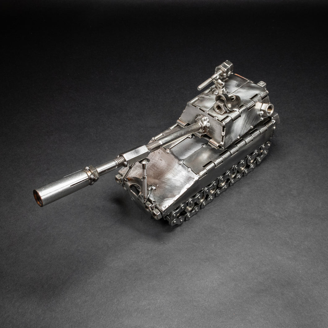 Scrap Metal M109 Paladin Figurine, Steel Military Tank, Nuts and Bolts Infantry Sculpture