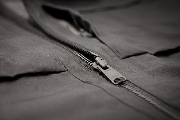LAMINATED WAXED COTTON COAT