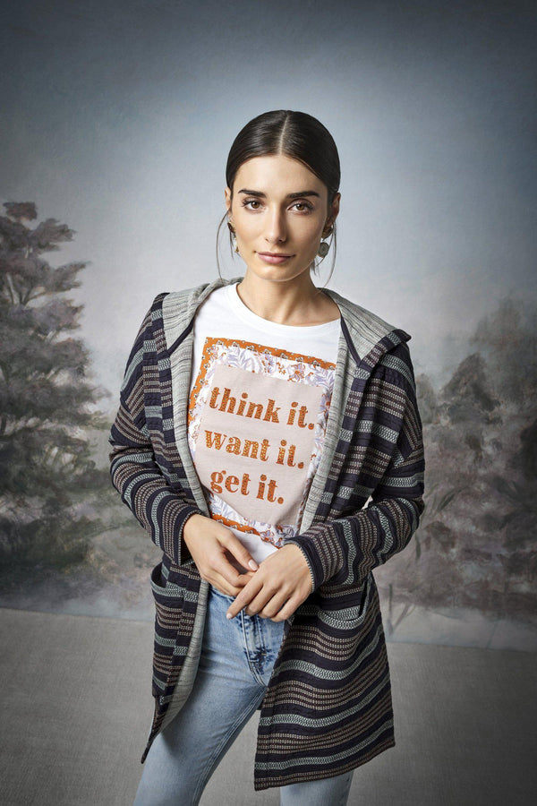 "Rich & Royal - Statement-Shirt ""think it. want it. get it."" - Kampagnenbild"