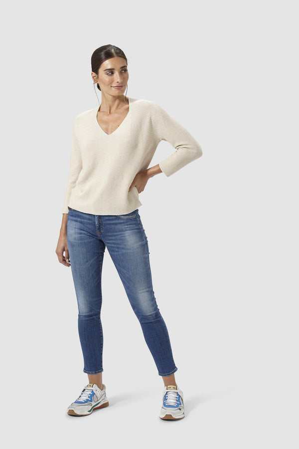 Rich & Royal - Midi-Aged Blue-Jeans im Used-Look - Modelbild vorne