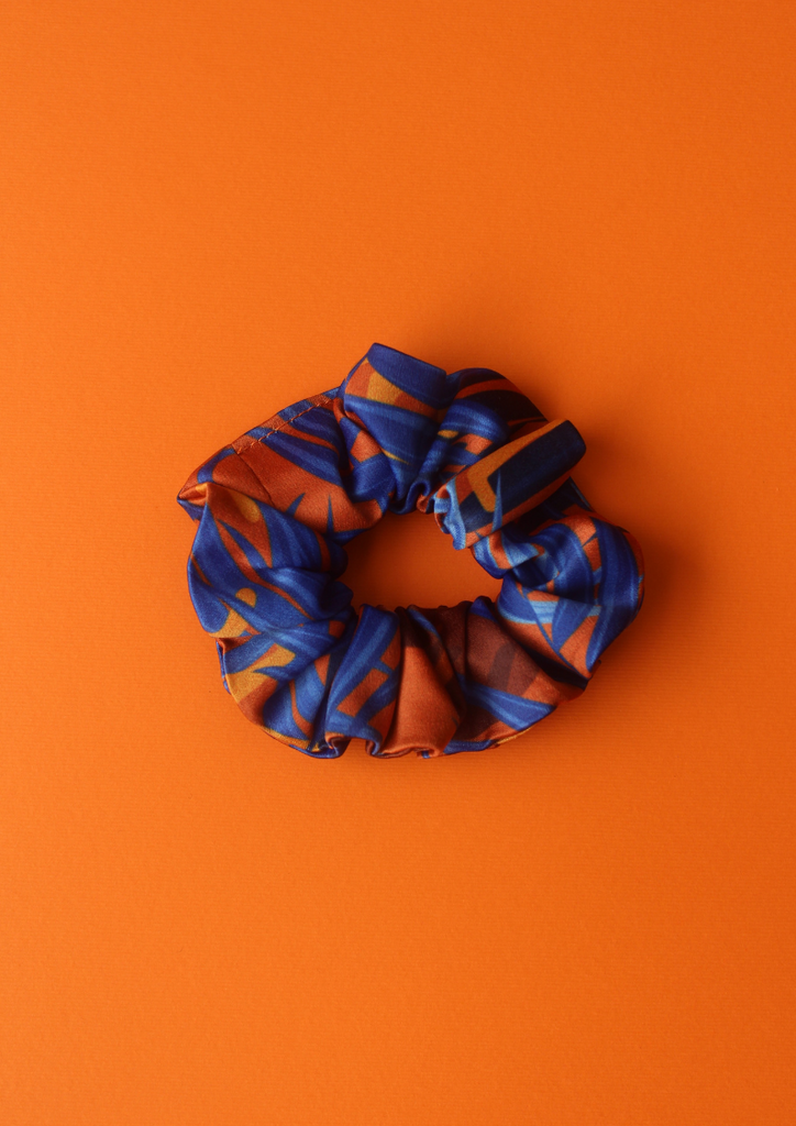 Blue jungle leaves scrunchie